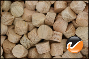 3-8-inch-oak-face-grain-wood-plugs.jpg